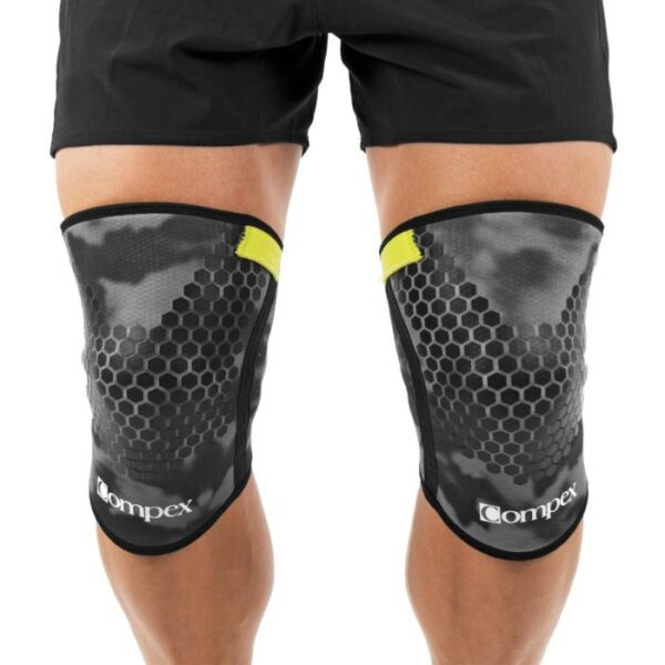 compex-5mm-knee-camo-on-person-front-1400x1400_1_1